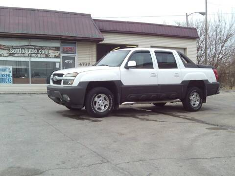 2002 Chevrolet Avalanche for sale at Settle Auto Sales STATE RD. in Fort Wayne IN