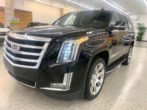 2019 Cadillac Escalade for sale at Dixie Imports in Fairfield OH