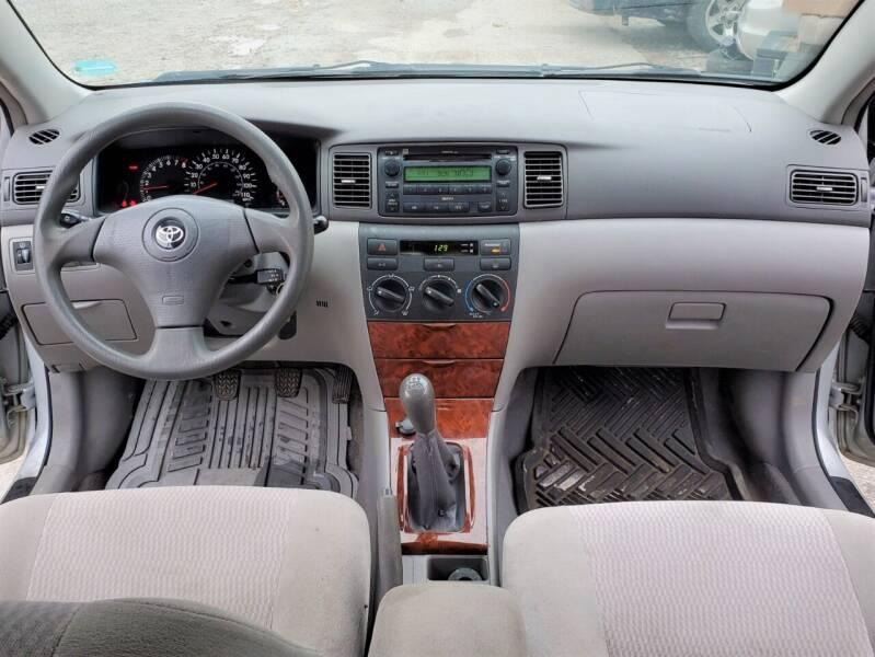2006 Toyota Corolla LE 4dr Sedan w/Manual - Ankeny IA