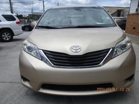 2014 Toyota Sienna for sale at Atlantic Motors in Chamblee GA