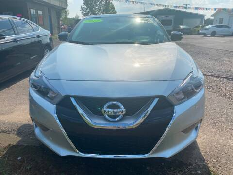 2017 Nissan Maxima for sale at BEST AUTO SALES in Russellville AR