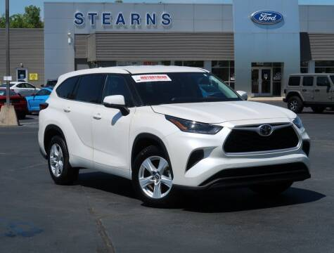 2021 Toyota Highlander for sale at Stearns Ford in Burlington NC