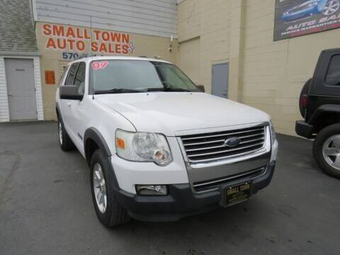 2007 Ford Explorer for sale at Small Town Auto Sales in Hazleton PA