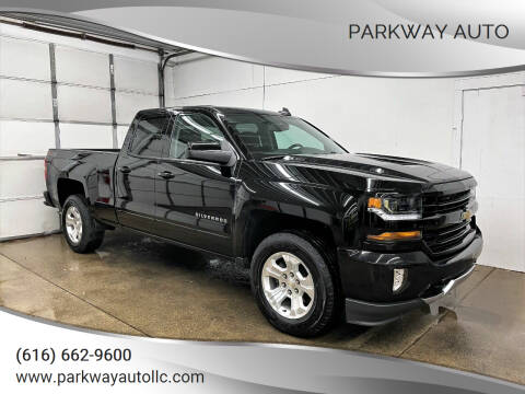 2018 Chevrolet Silverado 1500 for sale at PARKWAY AUTO in Hudsonville MI