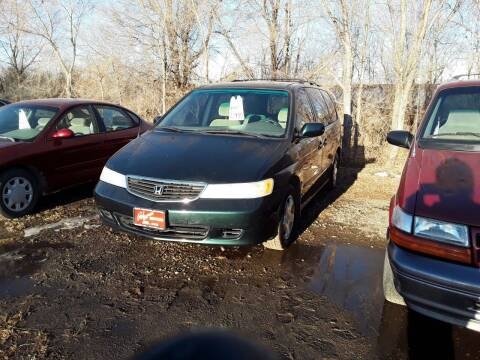 2001 Honda Odyssey for sale at BARNES AUTO SALES in Mandan ND