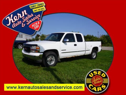 2002 GMC Sierra 2500 for sale at Kern Auto Sales & Service LLC in Chelsea MI