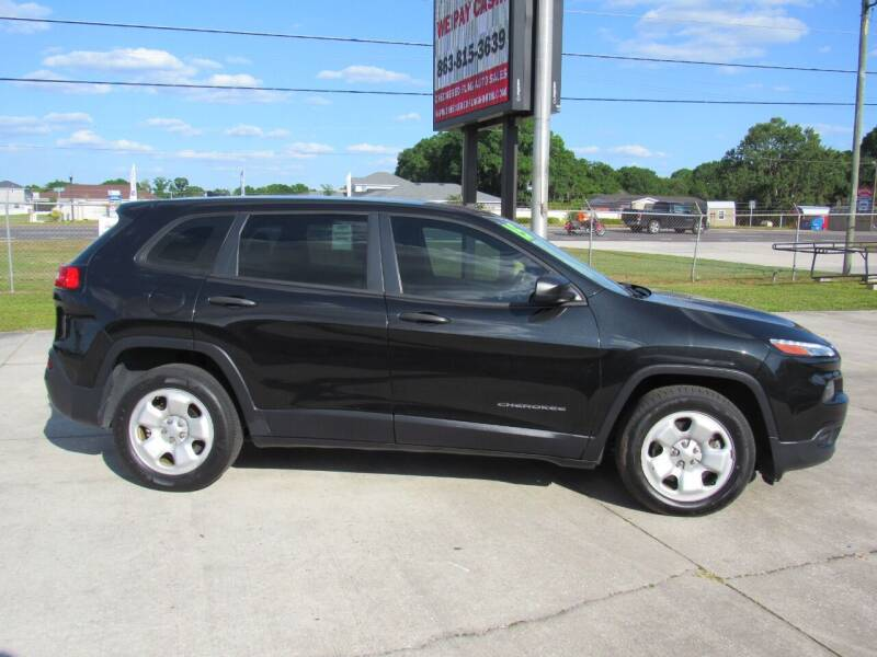 2015 Jeep Cherokee for sale at Checkered Flag Auto Sales NORTH in Lakeland FL