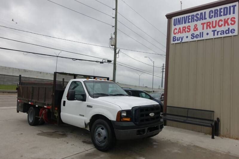 2007 Ford F-350 Super Duty for sale at Universal Credit in Houston TX