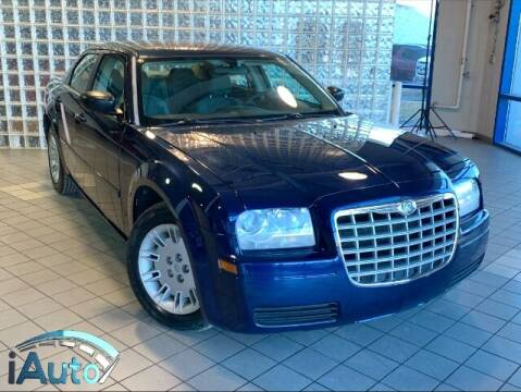 2006 Chrysler 300 for sale at iAuto in Cincinnati OH