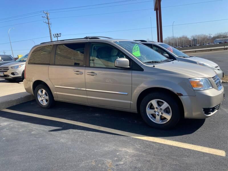 2009 Dodge Grand Caravan for sale at C & I Auto Sales in Rochester MN
