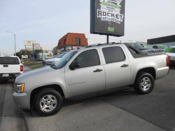 2008 Chevrolet Avalanche for sale at Rocket Car sales in Covina CA