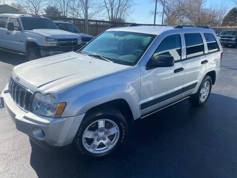 2005 Jeep Grand Cherokee for sale at CarSmart Auto Group in Orleans IN