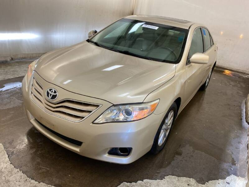 2011 Toyota Camry for sale at Doug Dawson Motor Sales in Mount Sterling KY