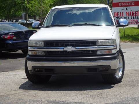 1999 Chevrolet Silverado 1500 for sale at Deal Maker of Gainesville in Gainesville FL