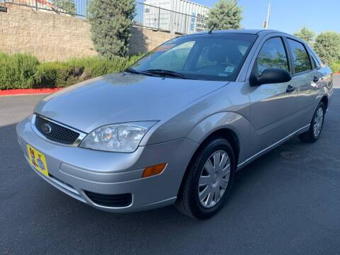 2005 Ford Focus for sale at Select Auto Wholesales in Glendora CA