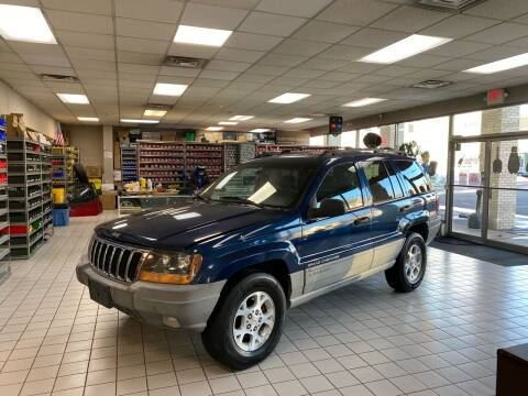 2000 Jeep Grand Cherokee for sale at FIESTA MOTORS in Hagerstown MD