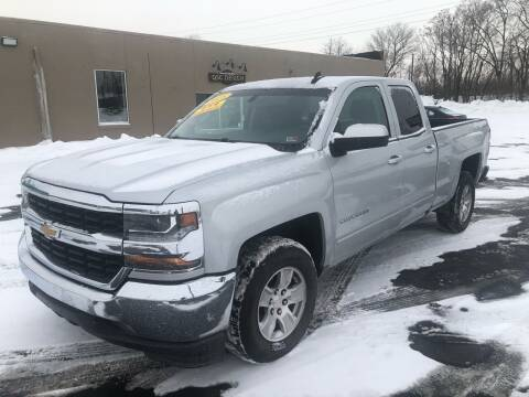 2018 Chevrolet Silverado 1500 for sale at Smart Buy Auto in Bradley IL