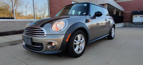 2012 MINI Cooper Hardtop for sale at Auto Wholesalers in Saint Louis MO