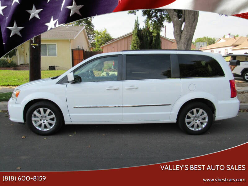 2014 Chrysler Town and Country for sale in Reseda, CA