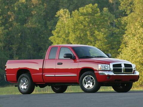 2005 Dodge Dakota for sale at TTC AUTO OUTLET/TIM'S TRUCK CAPITAL & AUTO SALES INC ANNEX in Epsom NH