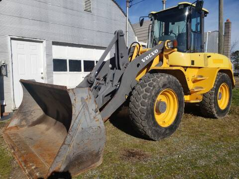 2005 Volvo L45B for sale at Vehicle Network - Down Home Truck and Equipment in Warsaw VA