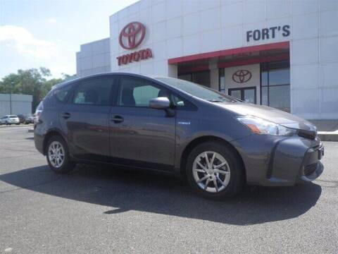2017 Toyota Prius v for sale at Auto Smart of Pekin in Pekin IL