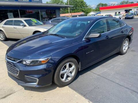 2017 Chevrolet Malibu for sale at Wise Investments Auto Sales in Sellersburg IN