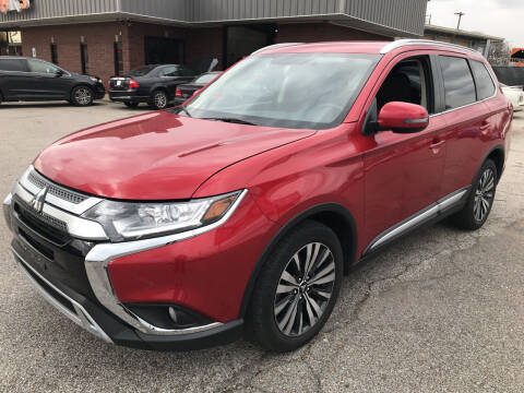 2019 Mitsubishi Outlander for sale at East Memphis Auto Center in Memphis TN
