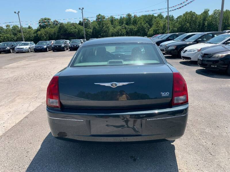 2007 Chrysler 300 Touring 4dr Sedan - Murphysboro IL