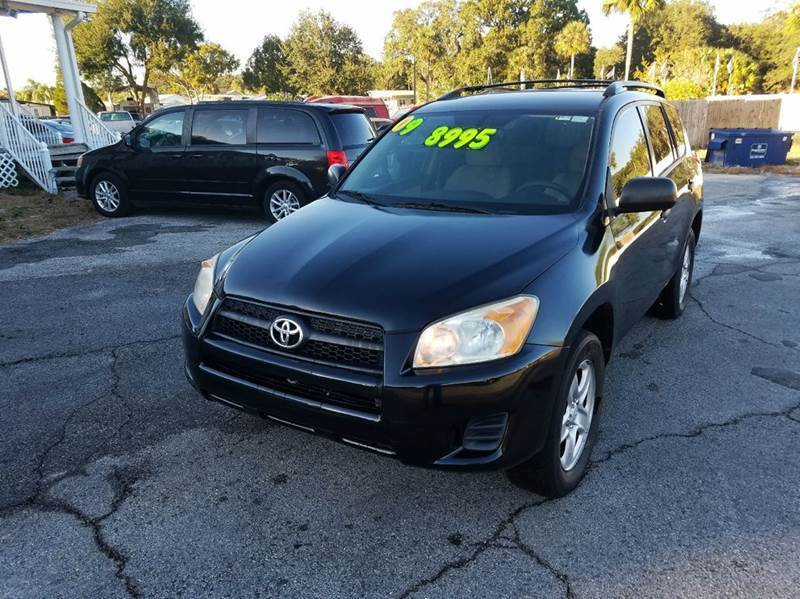 2009 Toyota RAV4 for sale at GOLDEN GATE AUTOMOTIVE,LLC in Zephyrhills FL
