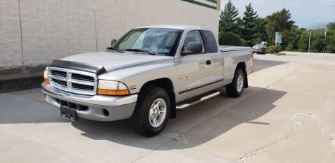 2000 Dodge Dakota for sale at Auto Choice in Belton MO