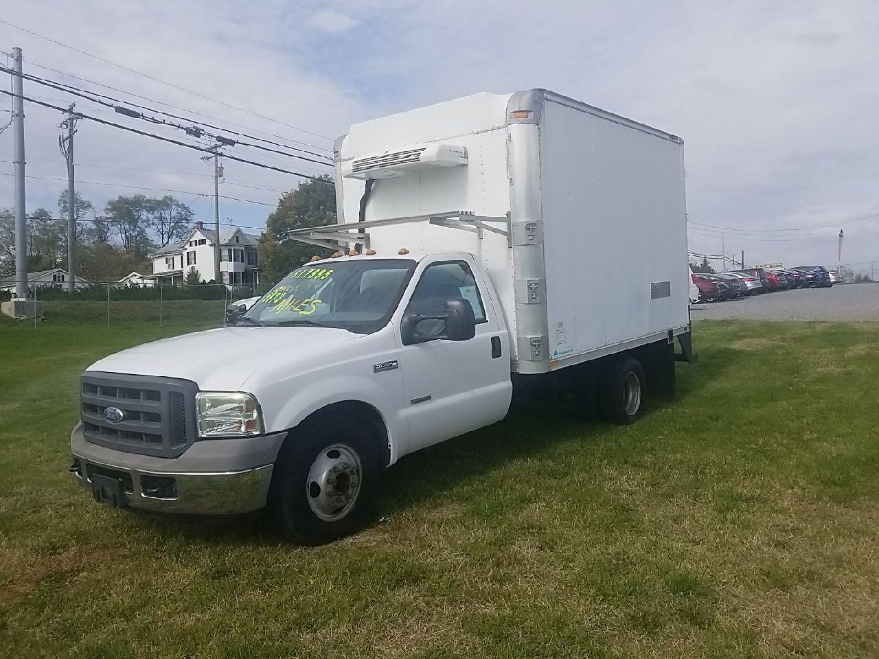 Used Box Trucks For Sale Carsforsale Com