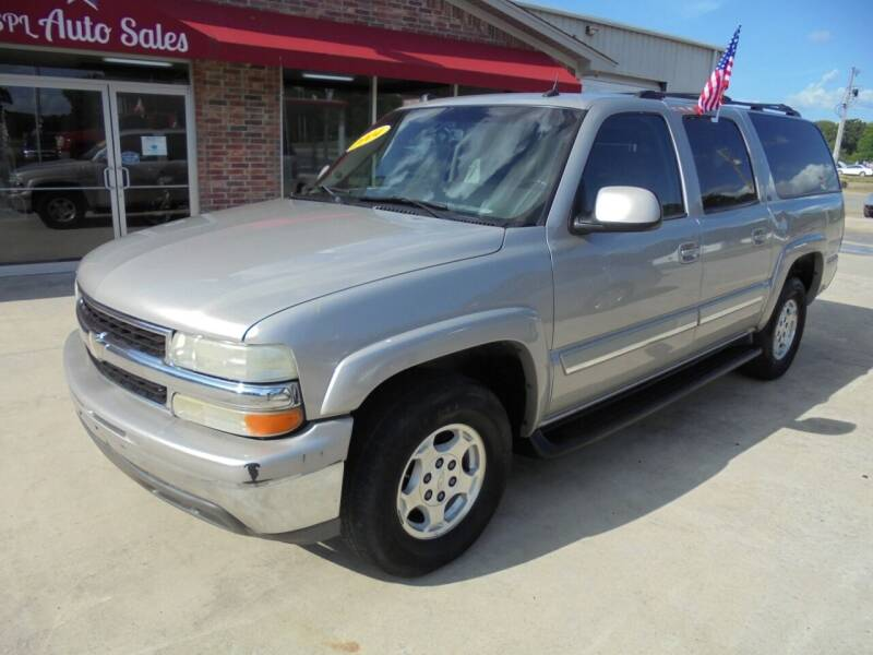 2004 Chevrolet Suburban for sale at US PAWN AND LOAN in Austin AR