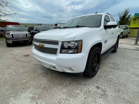 2013 Chevrolet Tahoe for sale at RODRIGUEZ MOTORS CO. in Houston TX