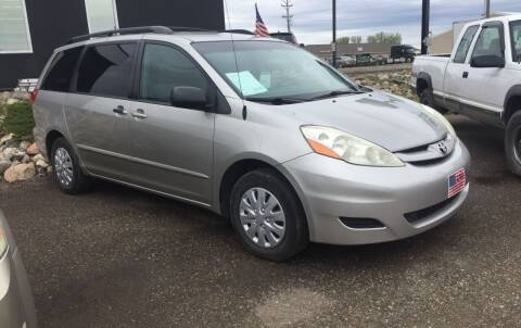 2006 Toyota Sienna for sale at L & J Motors in Mandan ND