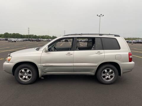 2004 Toyota Highlander for sale at Bluesky Auto in Bound Brook NJ