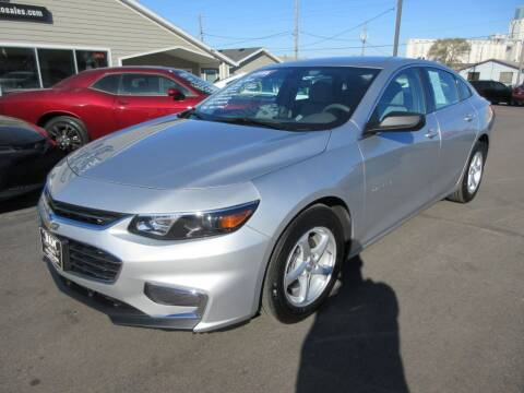 2018 Chevrolet Malibu for sale at Dam Auto Sales in Sioux City IA