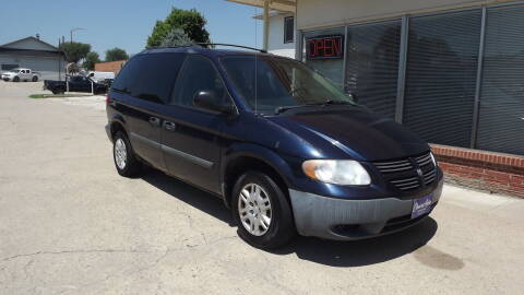 2005 Dodge Caravan for sale at Choice Auto in Carroll IA