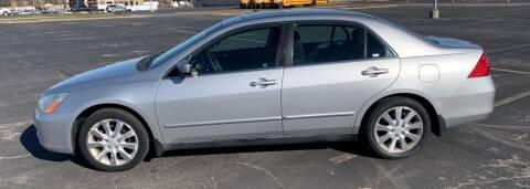 2006 Honda Accord for sale at In Motion Sales LLC in Olathe KS
