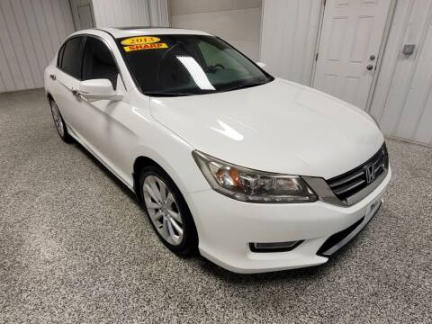 2013 Honda Accord for sale at LaFleur Auto Sales in North Sioux City SD
