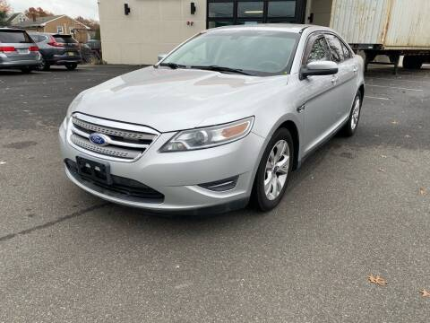 2012 Ford Taurus for sale at MAGIC AUTO SALES in Little Ferry NJ