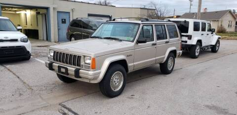 1995 Jeep Cherokee for sale at D&C Motor Company LLC in Merriam KS