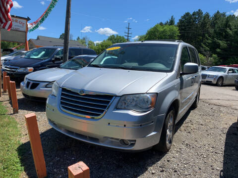 2010 Chrysler Town and Country for sale at CARS R US in Caro MI