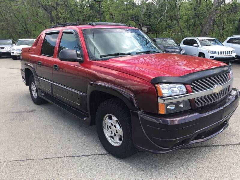 2004 Chevrolet Avalanche for sale at Elite Motors in Uniontown PA