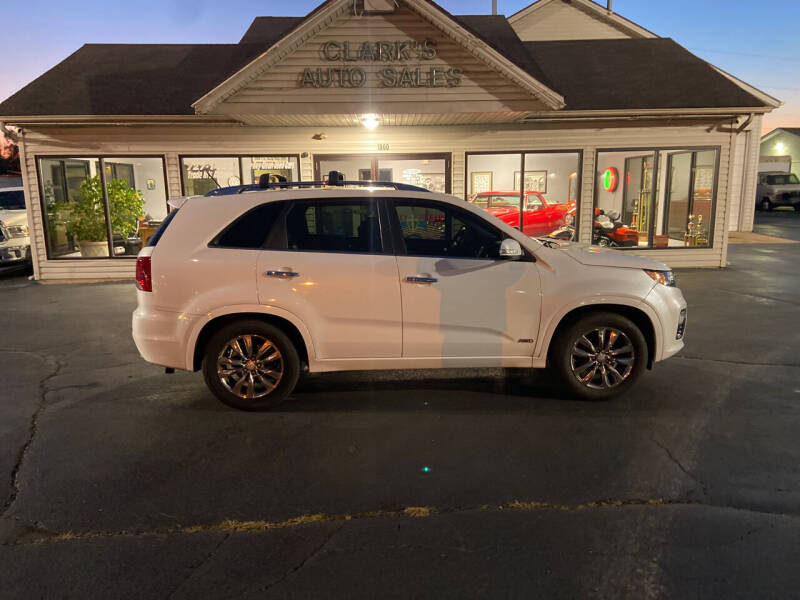 2013 Kia Sorento for sale at Clarks Auto Sales in Middletown OH