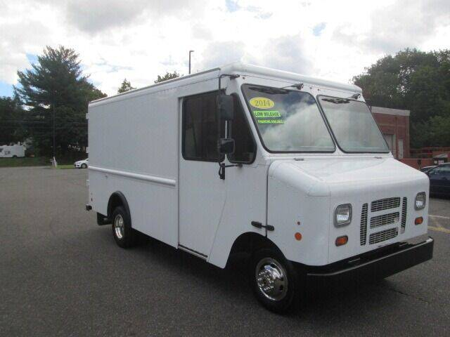 2014 Ford E-Series Chassis for sale at Tri Town Truck Sales LLC in Watertown CT
