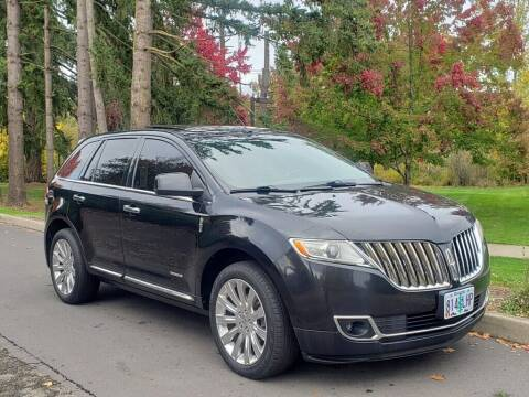 2011 Lincoln MKX for sale at CLEAR CHOICE AUTOMOTIVE in Milwaukie OR