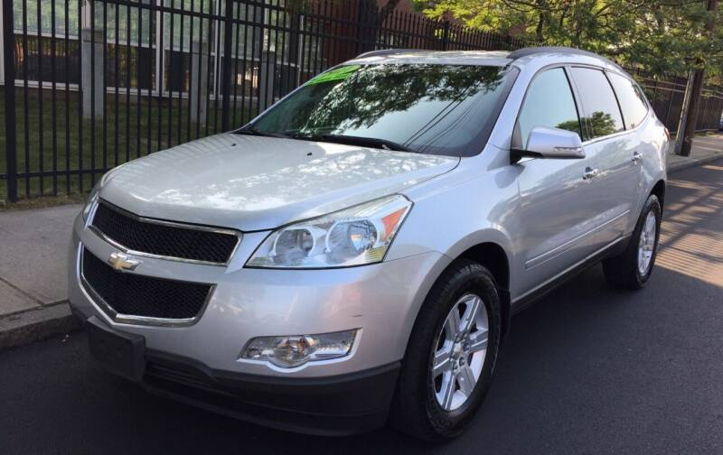 2011 Chevrolet Traverse for sale at Commercial Street Auto Sales in Lynn MA