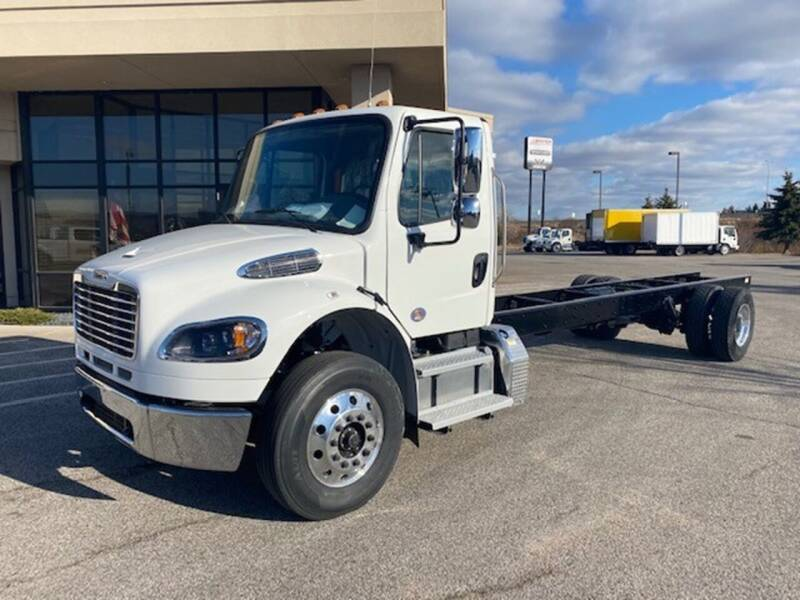 2022 Freightliner M2 106 for sale in Minneapolis, MN