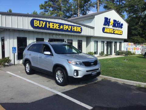 2014 Kia Sorento for sale at Bi Rite Auto Sales in Seaford DE